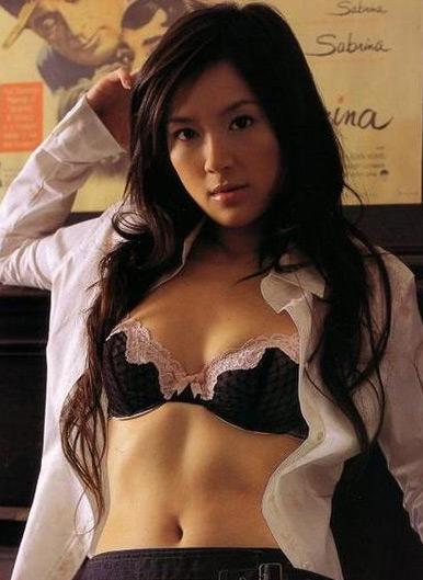 尹馨<幫幫我愛神>超性感劇照寫真照片37