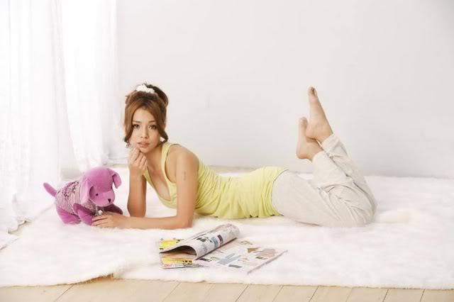 2010 FHM男人幫《全球百大性感美女》No.7-李毓芬寫真照片圖片30