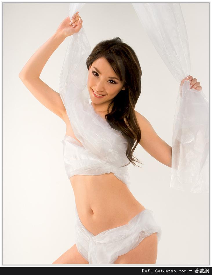 王俐人全裸性感寫真照片圖片12