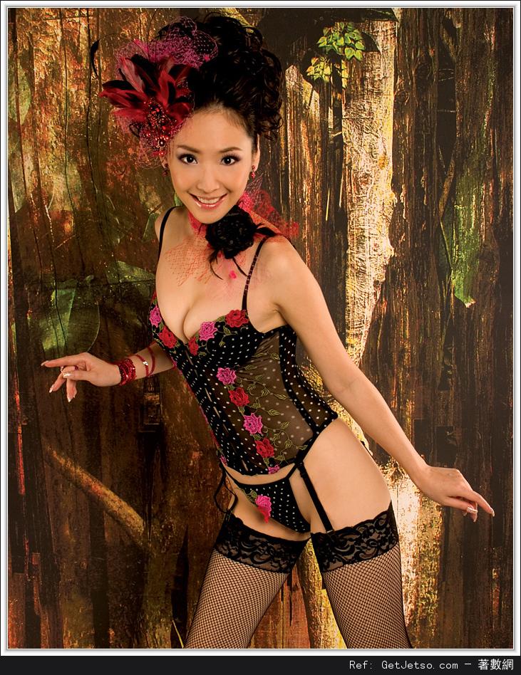 王俐人全裸性感寫真照片圖片18
