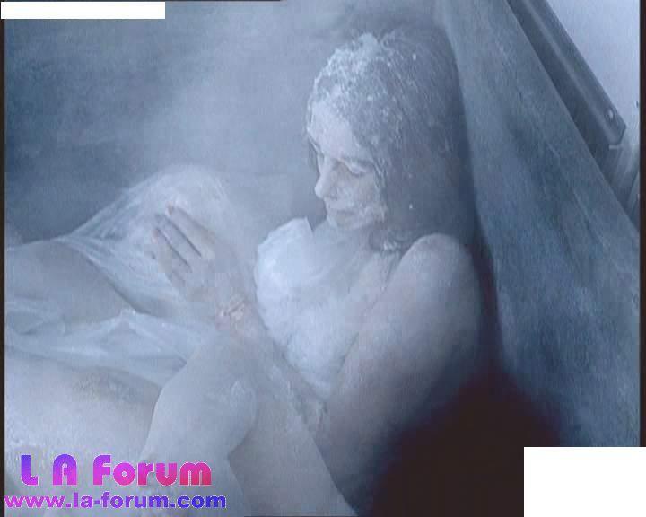 凍死的女人
